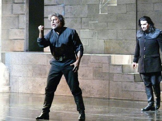 G. Verdi, Otello, Opera SND, 2012, José Cura (Otello), Dalibor Jenis (Jago), foto: Alena Klenková