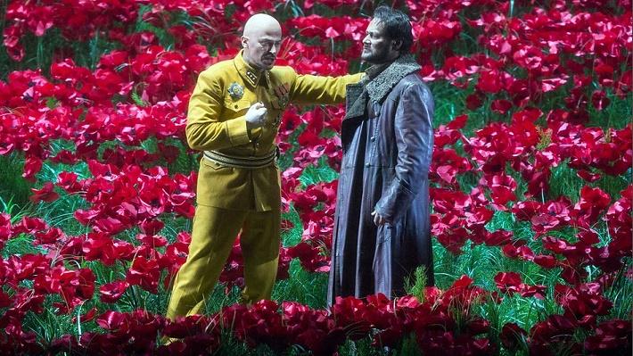 Štefan Kocán (Chán Končak) a Ildar Abdrazakov (Knieža Igor) Knieža Igor Metropolitná opera New York