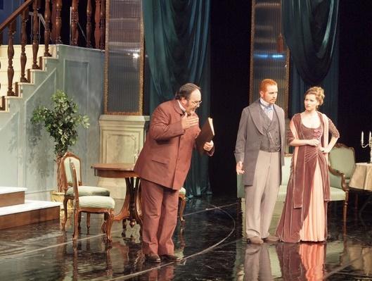 Netopier, Opera SND Ivan Ožvát (Dr. Blind), Jakub Pustina (Gabriel von Eisenstein), Petra Perla-Nôtová (Rosalinde) foto: Alena Klenková,