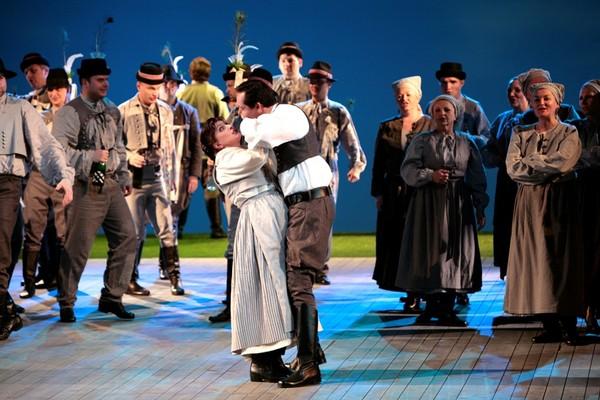 Jenůfa, Opera SND, Adriana Kohutkova (Jenufa), Oto Klein (Steva Buryja), foto: Jozef Barinka