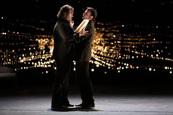 Bohéma, Opera SND Tomáš Juhás (Rodolfo), Aleš Jenis (Marcello) foto: Jozef Barinka