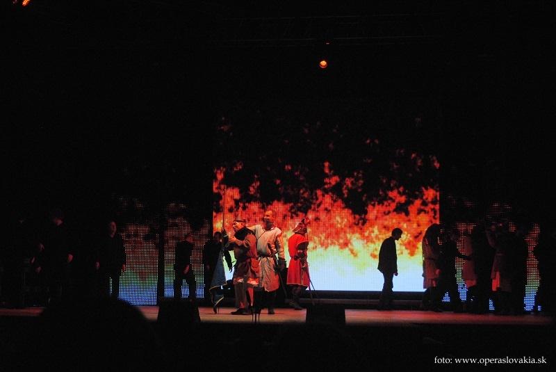 Viva Verdi 2014 / Giovanna d´Arco Sergio Bologna, Ondrej Mráz a zbor Foto: Ľudovít Vongrej