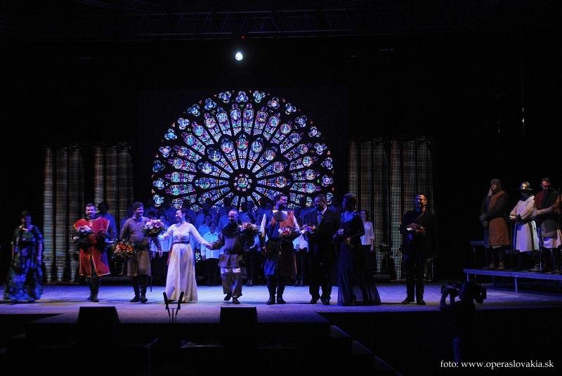 Viva Verdi 2014 ú Giovanna d´Arco klaňačka po predstavení Foto: Ľudovít Vongrej