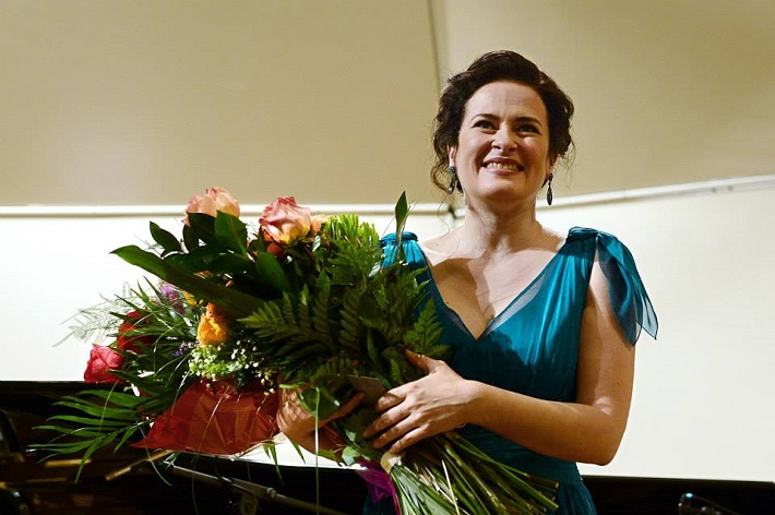 Koncert Simony Houda Šaturovej v Bratislave (2014) foto: TASR - Pavel Neubauer