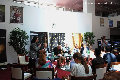 Tlačová konferencia Eurokontext.sk 2014, foto Ľudovít Vongrej