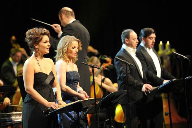 Vianočný koncert v Bratislave, E. Hornyáková, J. Kurucová, M. Lehotský, D. Čapkovič foto: Patrik Ratajský