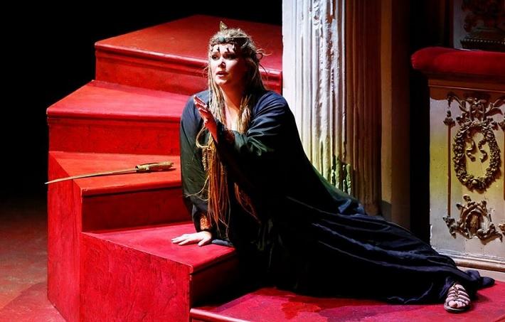 Gioacchino Rossini: Aureliano in Palmira, Teatro Rossini Pesaro 2014 Jessica Pratt (Zenobia) foto: Studio Amati Bacciardi