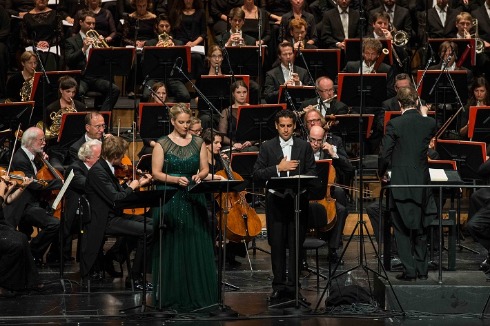 Salzburg festspiele 2014, La Favorite, Elīna Garanča, Juan Diego Flórez, Roberto Abbado (dirigent), Viedenský filharmonický zbor, Rozhlasový orchester Mníchov