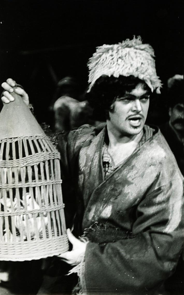 Tri životy, Opera SND, 1974, Peter Dvorský (Čikori) foto: Jozef Vavro