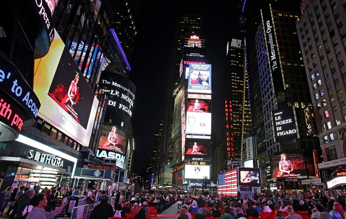 Živé vysielanie predstavenia na Times Square, Opening Night Gala v Met, foto: Ken Howard