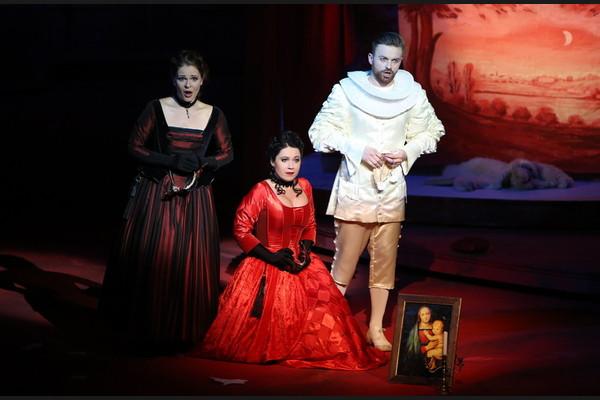 Don Giovanni, Opera SND, Eva Hornyáková (Donna Elvira), Luisa Albrechtová (Donna Anna), Pavol Bršlík (Don Ottavio), foto: Jozef Barinka