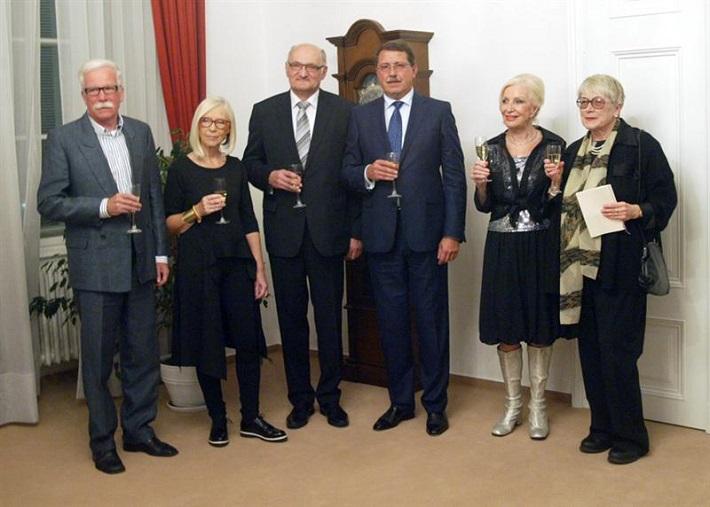 Odovzdávanie Ceny predsedu Národnej rady SR 2014, zľava: J. Šimončič, M. Havránková, M. Vach, P. Paška, M. Kráľovičová, E. Farkašová