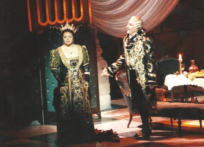 Tosca, Opera SND (21.6.1997), Ľubica Rybarská (Tosca), Sherrill Milnes (Baron Scarpia)