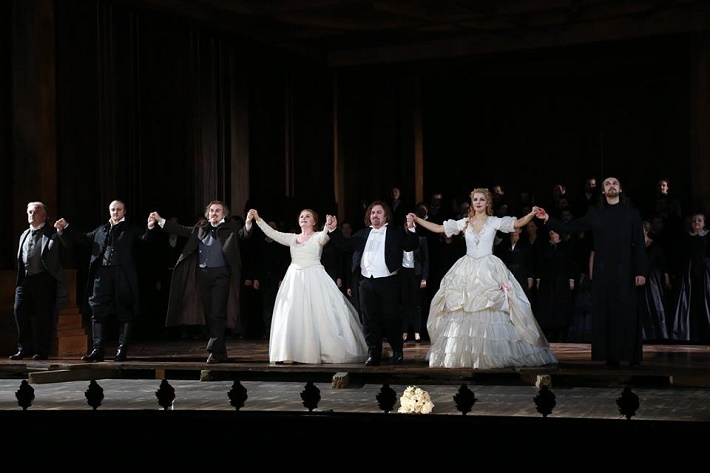 La Straniera, Theater an der Wien, ďakovačka po premiére, foto: Karl Schöndorfer