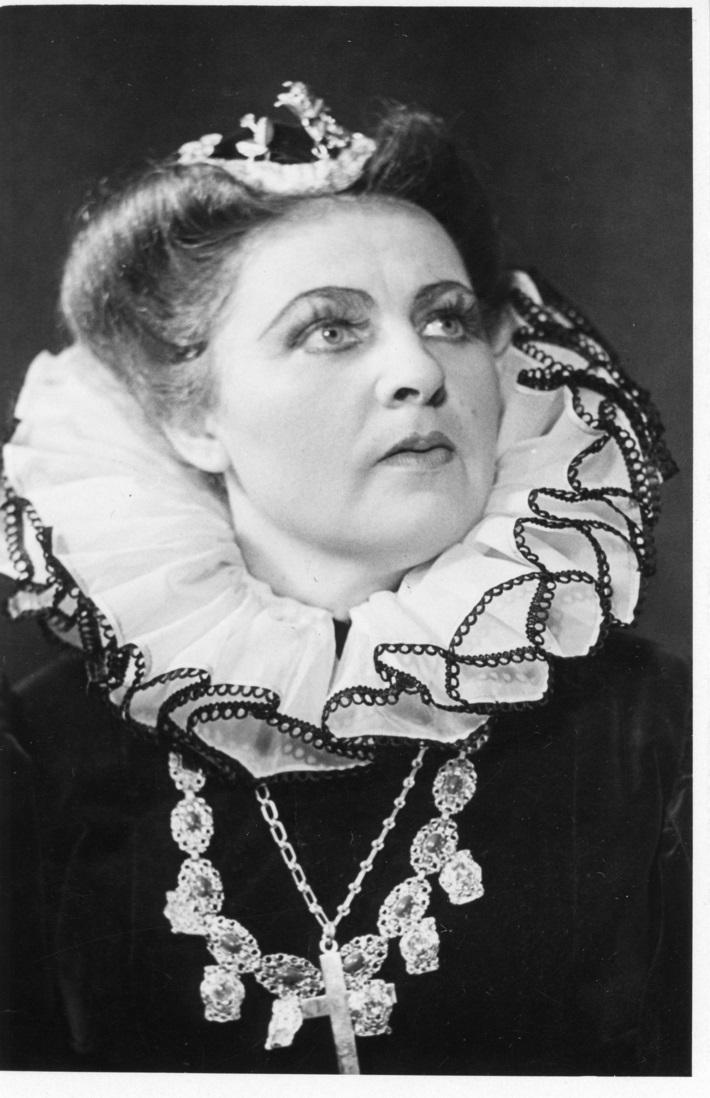 Don Carlos, Opera SND, 1956, Štefánia Hulmanová (Alžbeta z Valois), foto: Gejza Podhorský