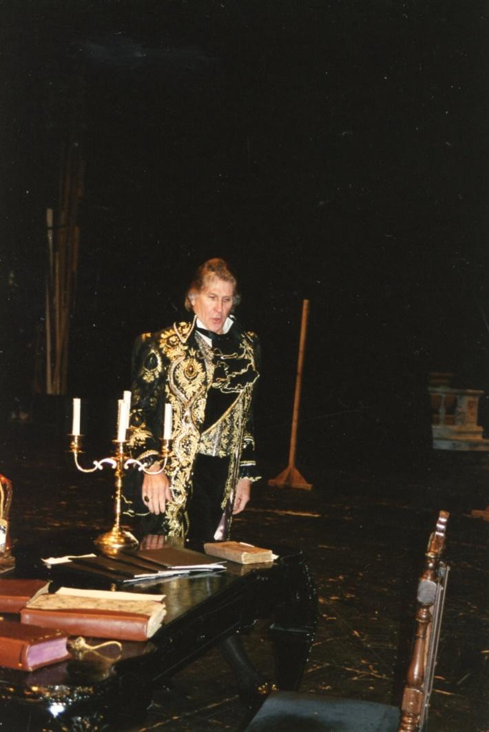 Tosca, Opera SND, Sherrill Milnes (Baron Scarpia)