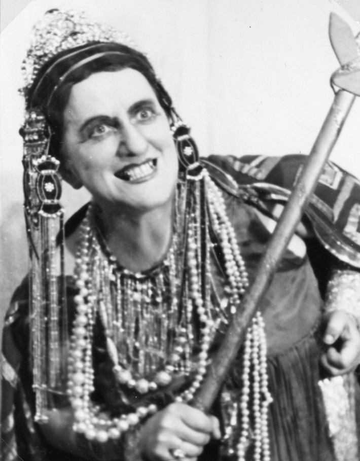 Mariči Peršlová (Klytaimnestra), Elektra, Opera SND, 1943, foto: Anton Illenberger