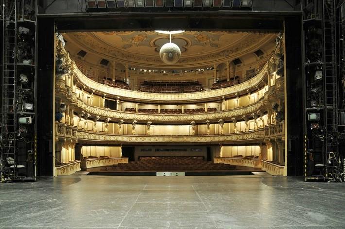 Slovenské národné divadlo, historická budova