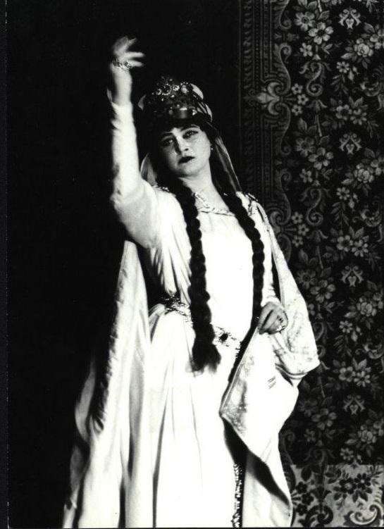 Dobřena Šimáňová (Libuša), 1928, Bedřich Smetana: Libuša, foto: Archív Divadelného ústavu