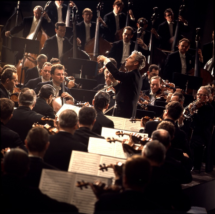 Herbert von Karajan diriguje Berlínskych filharmonikov, foto: Unitel