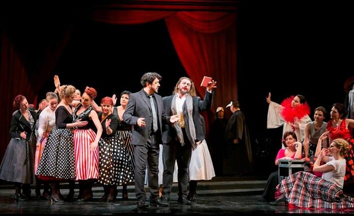 Manon Lescaut, Opera ŠD Košice, B. László (Renato des Grieux), T. Tóbisz (Edmondo), foto: Joseph Marčinský