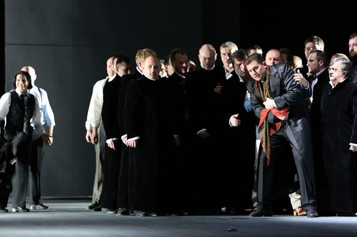 Romeo a Júlia, Opera SND, M. Gyimesi (Tybalt), S. Tolstov (Capulet), foto: Jozef Barinka