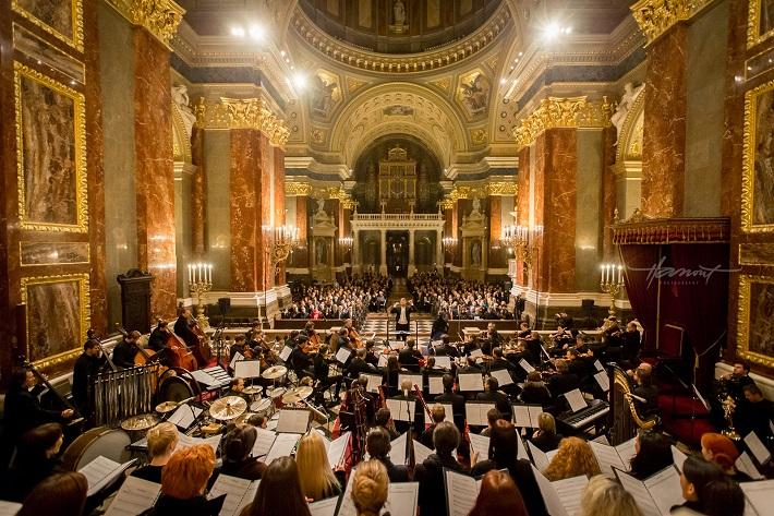 koncert Under My Spell, Budapešť, (2014), foto: Zdenko Hanout