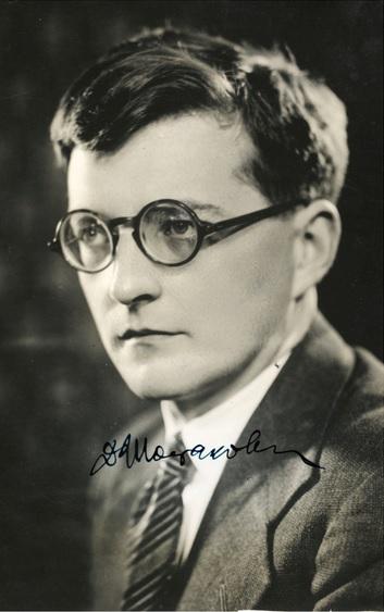 Dmitrij Šostakovič, fotografia s podpisom modrým atramentom