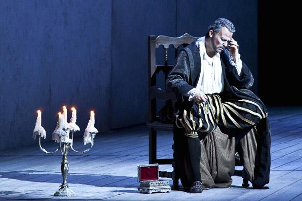 Don Carlo, La Scala, (2013), Štefan Kocán (Filippo II.), foto: Brescia e Amisano