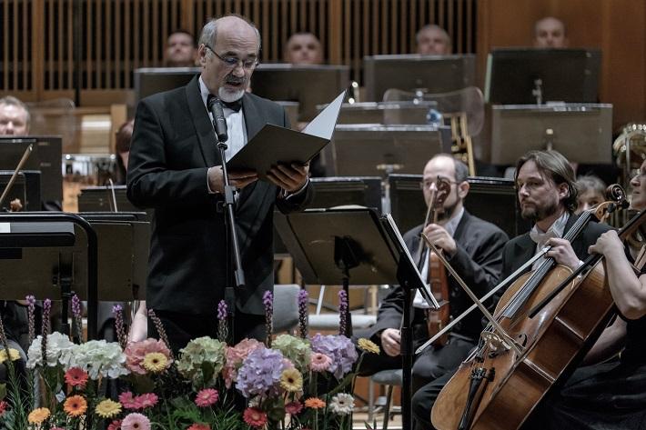 Košická hudobná jar 2015, Július Klein, príhovor riaditeľa ŠFK, foto: Jaroslav Ľaš