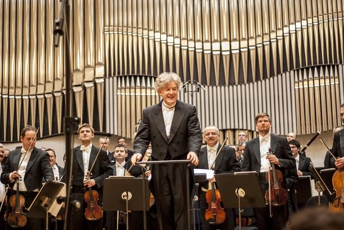 Benefičný koncert na podporu obnovy Domu Albrechtovcov, James Judd, foto: Alexander Trizuljak