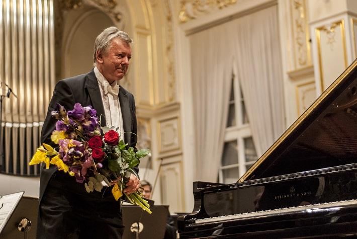 Benefičný koncert na podporu obnovy Domu Albrechtovcov, Marián Lapšanský, foto: Alexander Trizuljak