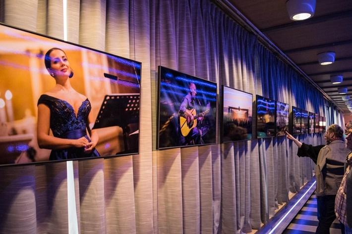 Music In Pictures 2014, Výstava fotografií Zdenka Hanouta, foto: Marek Bajtek, 9em.sk