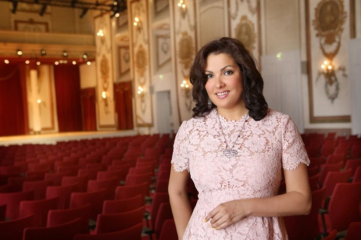 Anna Netrebko in Haydn's hall in the Esterházy palace, Photo by Jozef Barinka