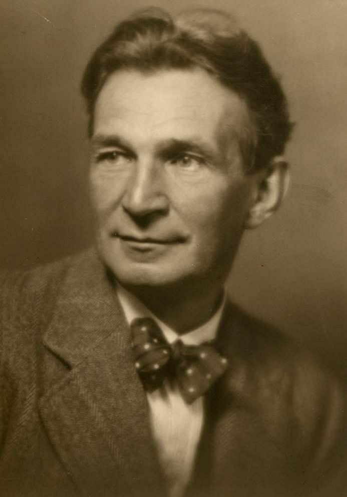 Arnold Flögl, (1885 – 1950), foto: Layer Wien (Archív SND)