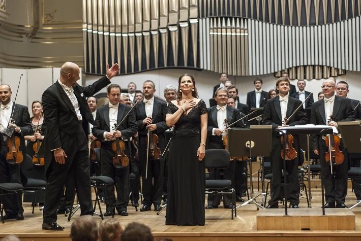 Koncert Slovenskej filharmónie, Emmanuel Villaume, Eva Hornyáková, foto: Alexander Trizuljak