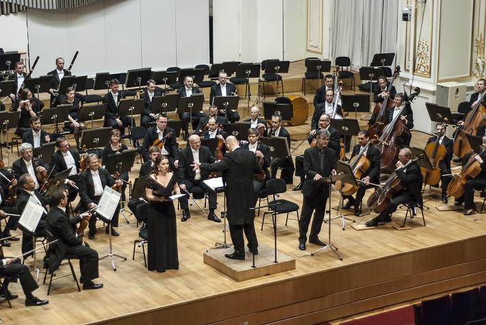 Koncert Slovenskej filharmónie E. Villaume, E. Hornyáková, B. Farkaš, foto: Alexander Trizuljak