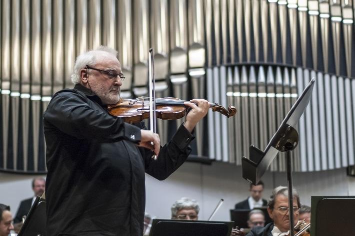 Koncert Slovenskej filharmónie, Ewald Danel, foto: Alexander Trizuljak
