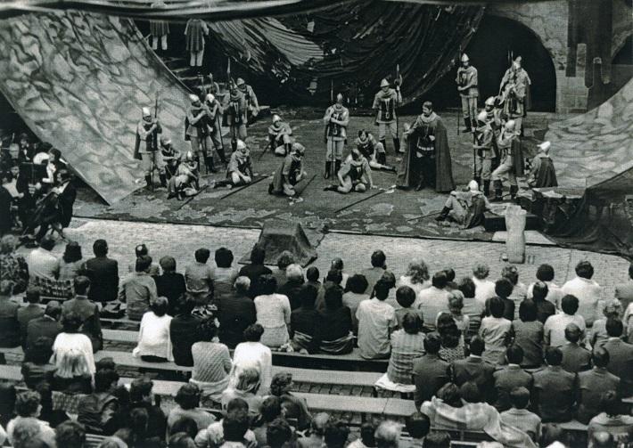 Zámocké hry zvolenské, 1980, verejná generálka Verdiho opery  Trubadúr, foto: Archív DÚ