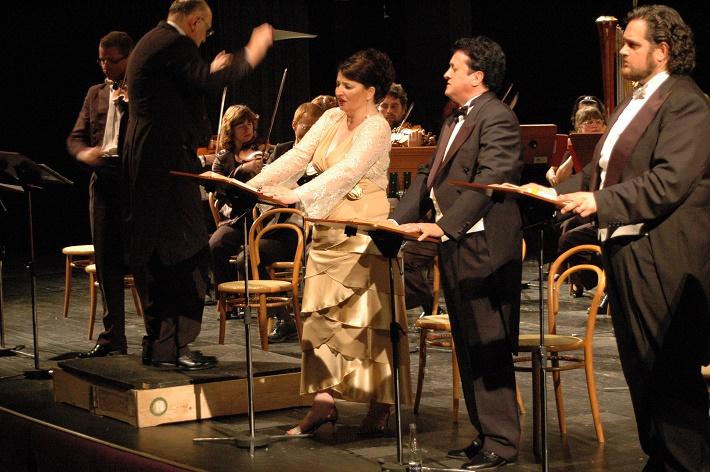 Zámocké hry zvolenské, 2007, G. Verdi: Lombarďania, Marián Vach, Dimitra Theodossiou, Maurizio Graziani, Riccardo Zanellato, foto: Archív ŠOBB