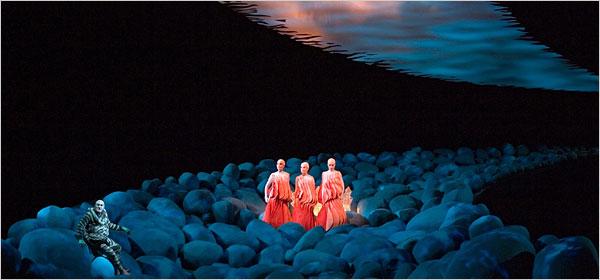 scéna z Rýnskeho zlata z cyklu Prsteň Niebelungov inscenovaného v Bayreuthe