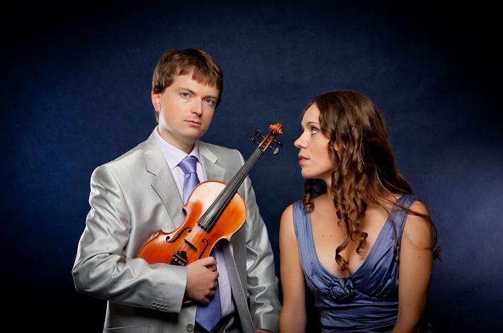 Československé komorné duo, Pavel Burdych (husle) a Zuzana Berešová (klavír), Brno
