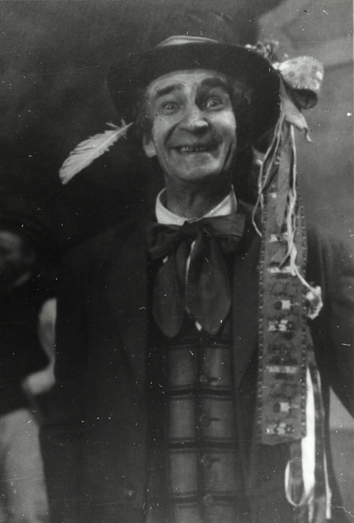 Arnold Flögl, B. Smetana, Predaná nevesta (Kecal), Opera SND, 1929, foto: Archív DÚ