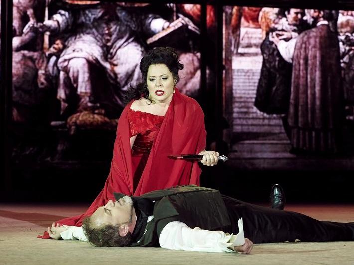 G. Puccini Tosca, open air festival v St. Margarethen 2015, Tosca, premiéra. Martina Serafin (Tosca), Davide Damiani (Cavaradossi)