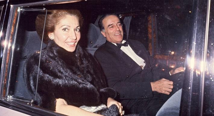 Maria Callas a Giuseppe di Stefano na európskom turné v roku 1973 v draženom Mercedese
