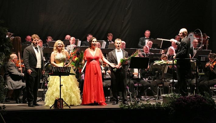 Operalia Banská Bystrica 2015, Galakoncert V4, A. Fekete, K. Mackiewicz, T. Kružliaková, J. Kettner, foto: Jozef Lomnický