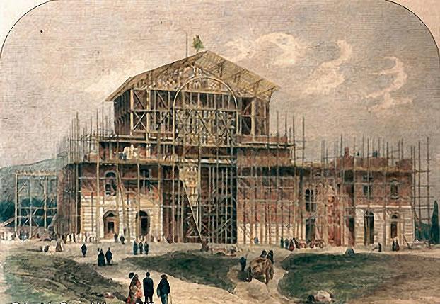 Rozostavaná stavba divadla v Bayreuthe