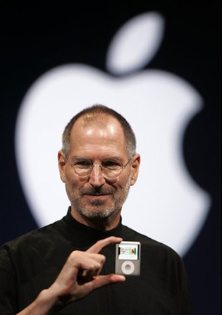 Steve Jobs Muž, ktorý dal svetu iMac (1998), iPod (2001), iPhone(2007) a iPad(2010)