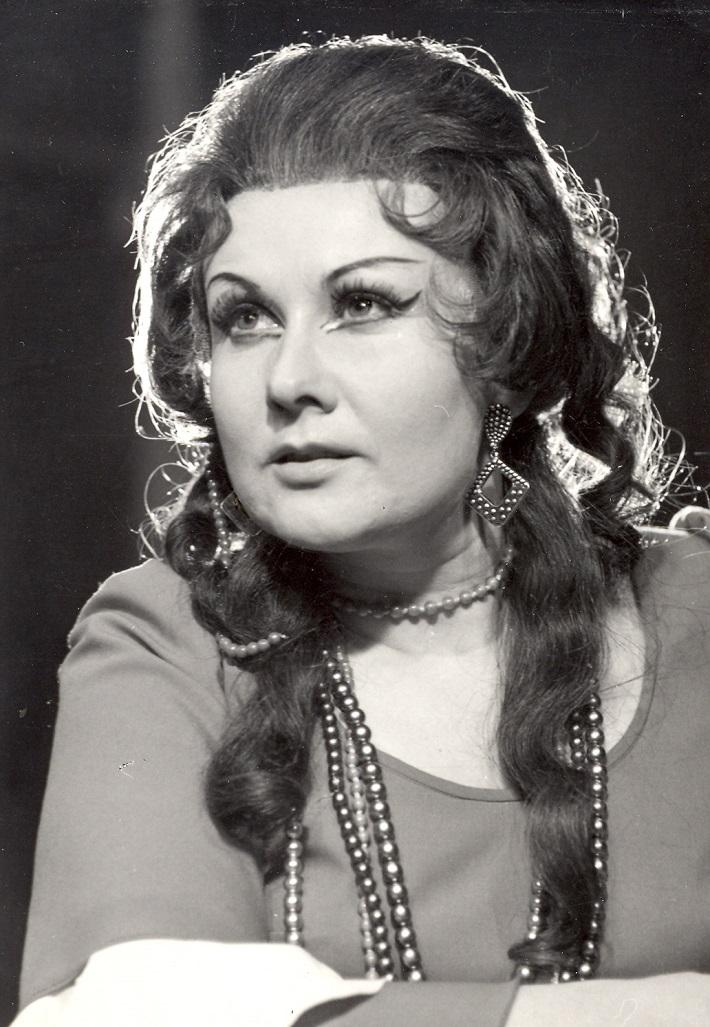 Amilcare Ponchielli: La Gioconda, banskobystrická opera, (1971), Dagmar Rohová – Boksová (Gioconda), foto Archív Štátnej opery BB
