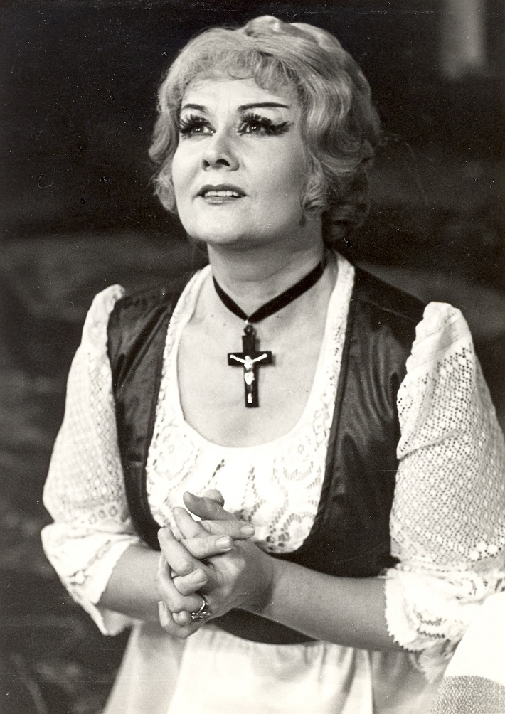 Carl Maria von Weber: Čarostrelec, banskobystrická opera, (1981), Dagmar Rohová – Boksová (Agata), foto: Archív Štátnej opery BB